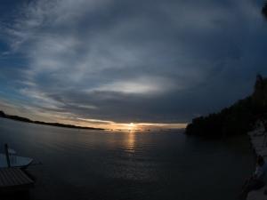 Sunset over the Gulf, Islamorada, FL United States, © 2015 Bob Hahn, E-M5 Mark II OLYMPUS M.8mm F1.8 at 8 mm, ISO: ISO 400 Exposure: 1/60@f/22